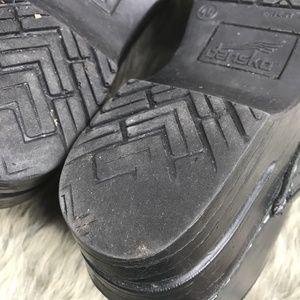 Dansko Shoes - Dansko Narrow Pro Cabrio Leather Clogs 9.5 10